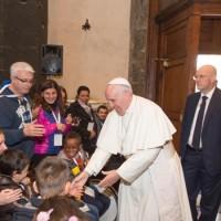 Il Santo Padre all'ingresso in Cattedrale