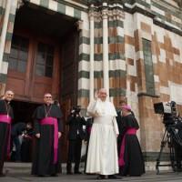 Sul sagrato del Duomo