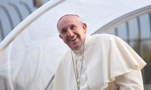 """Papa Francesco ai catechisti: """"Puntate sempre in alto, sostenuti dalla misericordia del Padre"""""""