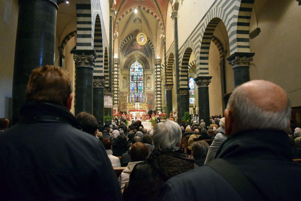 santo stefano 2016 cattedrale piena di gente