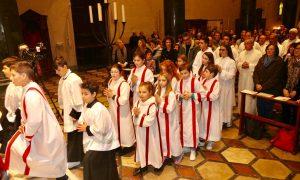 Cinquanta chierichetti a Messa con il Vescovo Franco